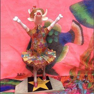 EUC Dancing Diva Cow